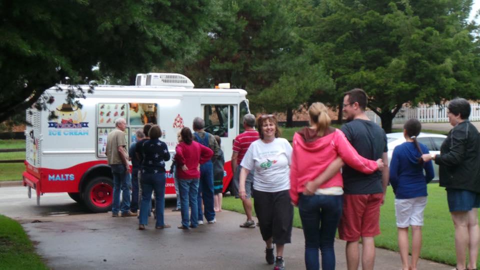 Texas Ice Cream bringing friends together despite dunbars number